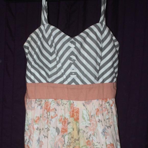 City Triangles Dresses & Skirts - City Triangles Dress 9